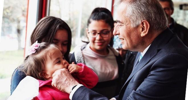 Büyükşehir Belediye Başkanı Zolan Down sendromlu çocuklarla buluştu