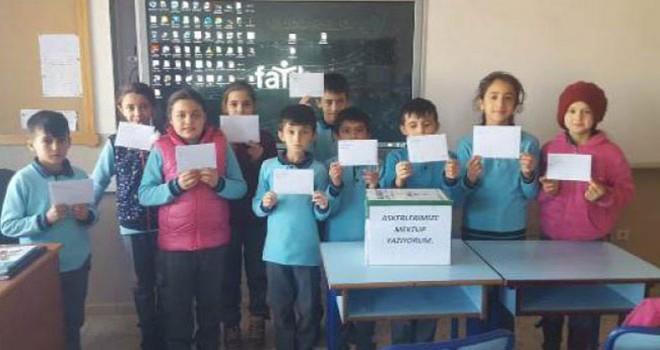 Mehmetçikten öğrencilerin mektubuna yanıt