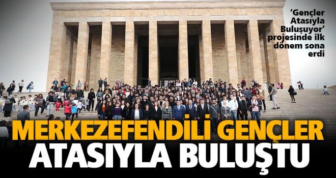 Merkezefendi Belediyesi, 340 öğrenciyi Anıtkabir'e götürdü
