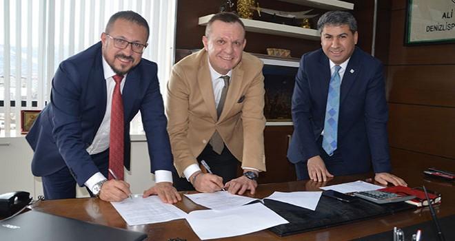 Büyükşehir'e bağlı Beltaş Denizlispor'a sponsor oldu