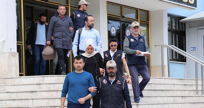 FETÖ'nün 'yeni yapılanması'na operasyon: 6 gözaltı