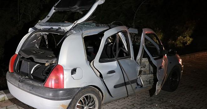 Otomobilde çektikleri gaz patladı; 3 genç ölümden döndü