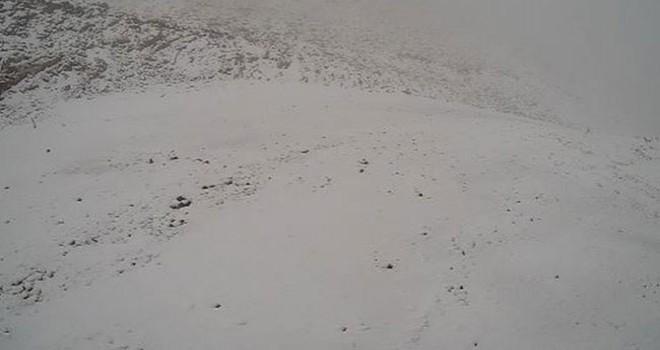 Denizli Kayak Merkezi'ne ilk kar düştü