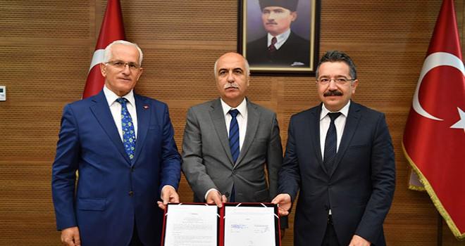 Meslek liselerine proje yazma eğitimi verilmesi için işbirliği protokolü imzalandı