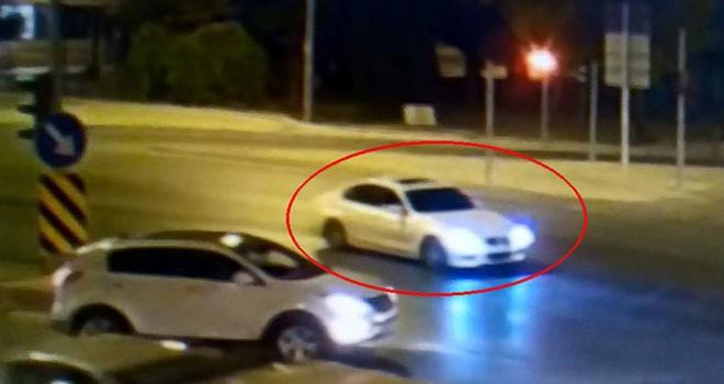 Denizli'de polis, drift yapıp trafiği tehlikeye sokan sürücüyü arıyor
