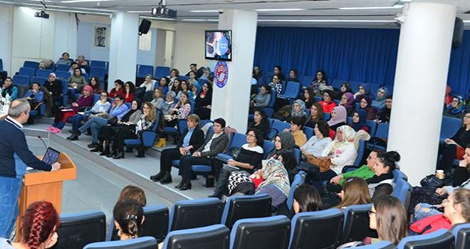 Kadın girişimcilere, sosyal medya eğitimi