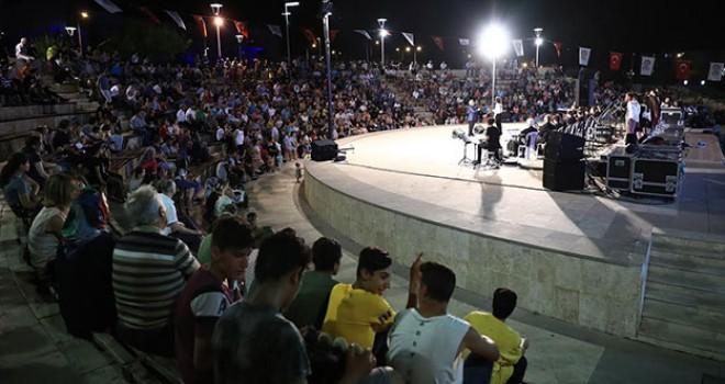 Büyükşehir Gençlik Korosu Konserine yoğun ilgi