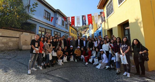 Erasmus öğrencileri Rektör Prof. Dr. Bağ ile Denizli'yi gezdi