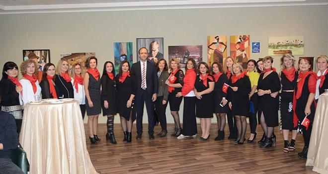 PAÜ Hastanesinde Cumhuriyet Kadınları sergisi açıldı
