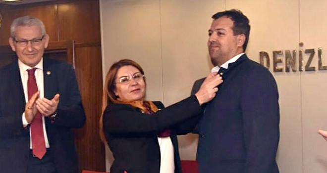 MHP'li Grup Başkanvekili CHP'ye katıldı