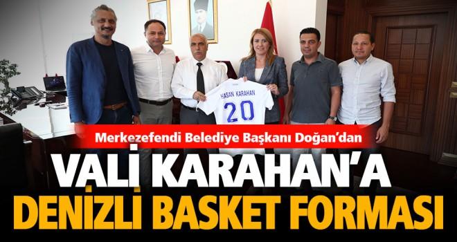 Vali Karahan'a Denizli Basket forması